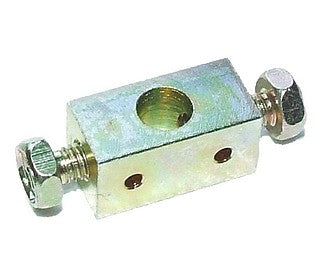 Heater cable clamp joint block with screws