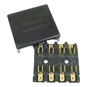 Fuse box, 4 way for glass fuses, connect with lucar spade connectors.