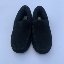 Load image into Gallery viewer, Ugg Australia Flats Size 8