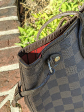 Load image into Gallery viewer, Louis Vuitton Damier Ebene Neverfull PM