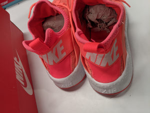 Nike Air Huarache Sneakers Size 9