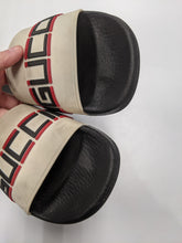 Load image into Gallery viewer, Gucci Slides Size 7