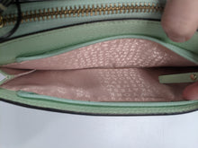 Load image into Gallery viewer, Kate Spade Green Leather Wristlet