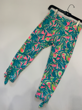 Load image into Gallery viewer, Lilly Pulitzer Athletic Pants Size Kids XL (12-14)