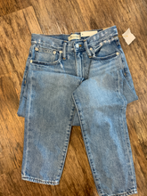 Load image into Gallery viewer, Madewell Denim Size 0 (25)