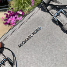 Load image into Gallery viewer, Michael Kors Leather Purse