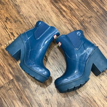 Load image into Gallery viewer, Hunter Boots Size 7
