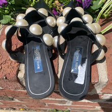 Load image into Gallery viewer, Zara Pearl Flats Size 7