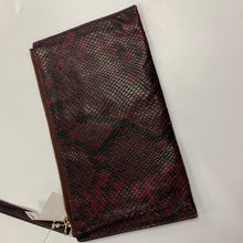 Load image into Gallery viewer, Michael Kors As Is Leather Wristlet