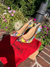 Load image into Gallery viewer, Louboutin Heels size 7.5