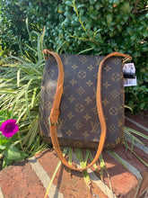 Load image into Gallery viewer, Louis Vuitton Musette Salsa Handbag
