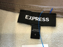 Load image into Gallery viewer, Express skirt SZ S