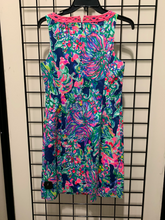 Load image into Gallery viewer, Lilly Pulitzer Dress Size S (4 6)