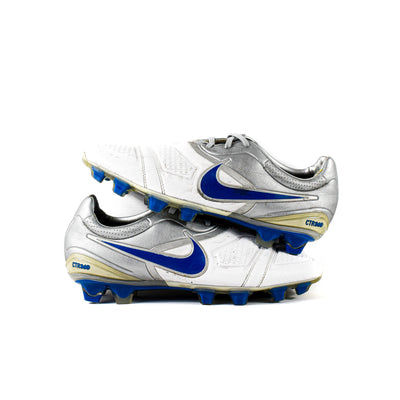 Nike CTR360 Maestri White Silver FG - Classic Soccer Cleats