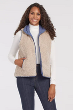 Load image into Gallery viewer, Tribal Reversible Sherpa Vest