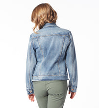 Load image into Gallery viewer, JAG Light Wash Jean Jacket