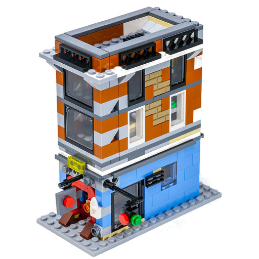 Enjoy movie landmarks with this 381 piece LEGO® compatible Colorful Mini Ghostbusters Firehouse Headquarters set from Bricklicious with free delivery worldwide