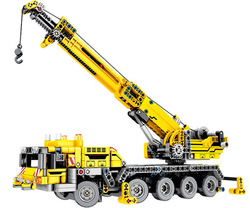 Move heavy objects on the worksite with the 665 piece LEGO® compatible Construction Crane set from Bricklicious with free delivery worldwide