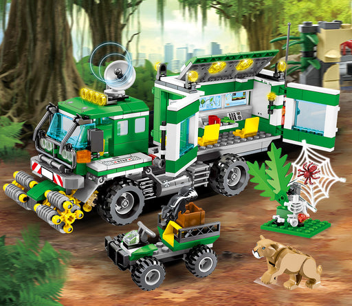 Coordinate jungle field rescue with this 528 piece LEGO® compatible Jungle Police Mobile Command Truck set from Bricklicious with free delivery worldwide