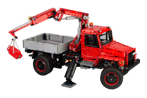 Work with cargo in the outdoors using this 2697 piece LEGO® compatible Offroad Truck with Optional Motor set from Bricklicious with free delivery worldwide