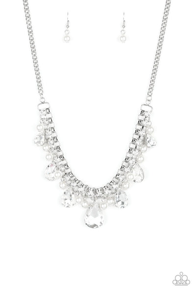 Knockout Queen Necklace