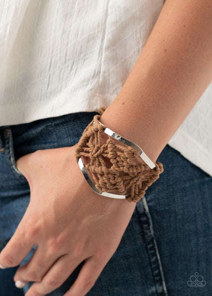 Macrame Mode - Brown Bracelet