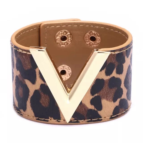V is for Victorious Bracelet