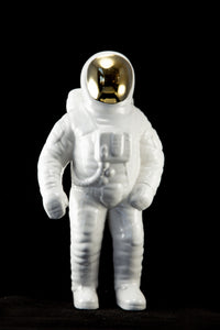 RARE | NASA APOLLO 11 ASTRONAUT CERAMIC STATUE WHITE/GOLD GLOSS | 11 INCHES TALL