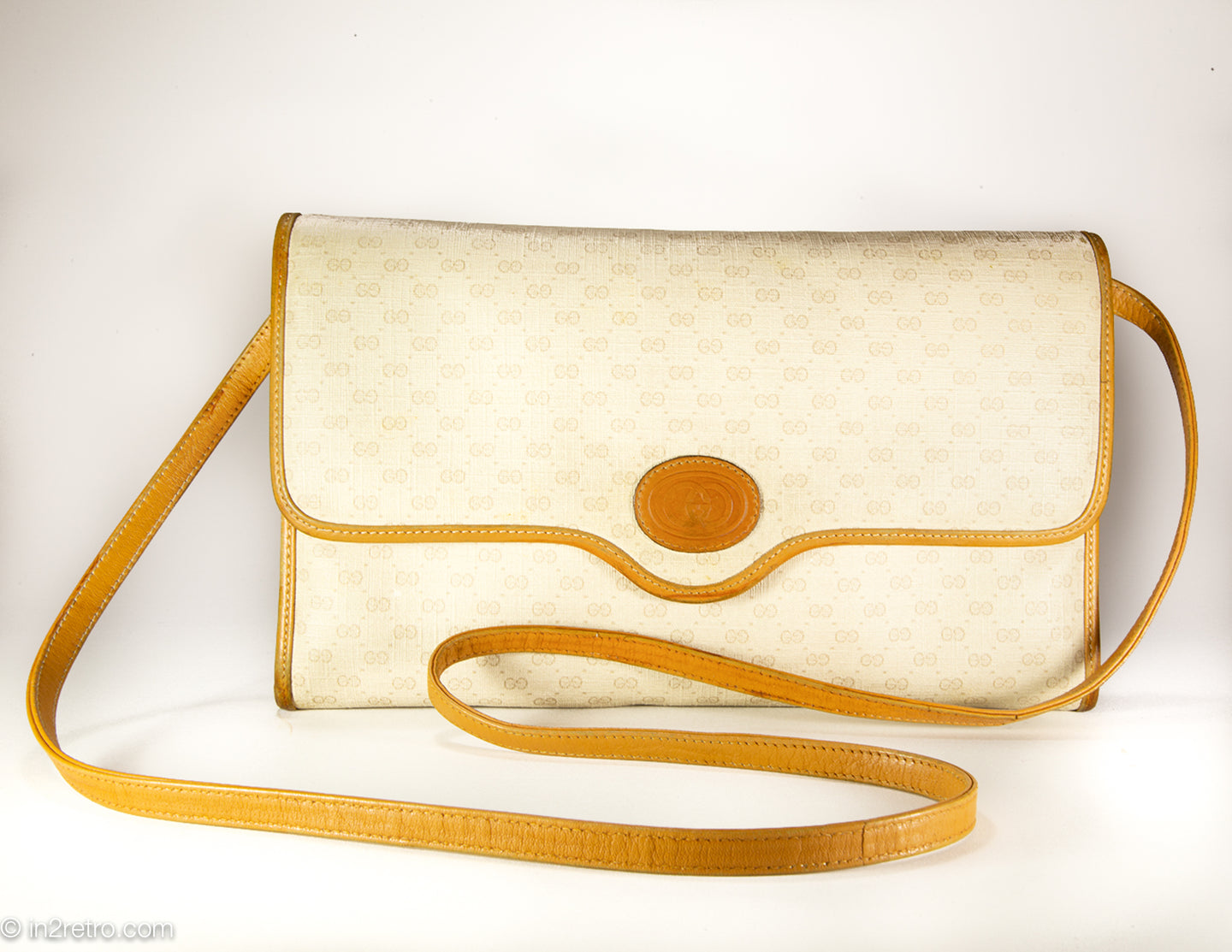 VINTAGE AUTHENTIC GUCCI CLASSIC MICRO GG CONVERT. CLUTCH/SHOULDER CROSSBODY/ENVELOPE BAG CREAM/TAN