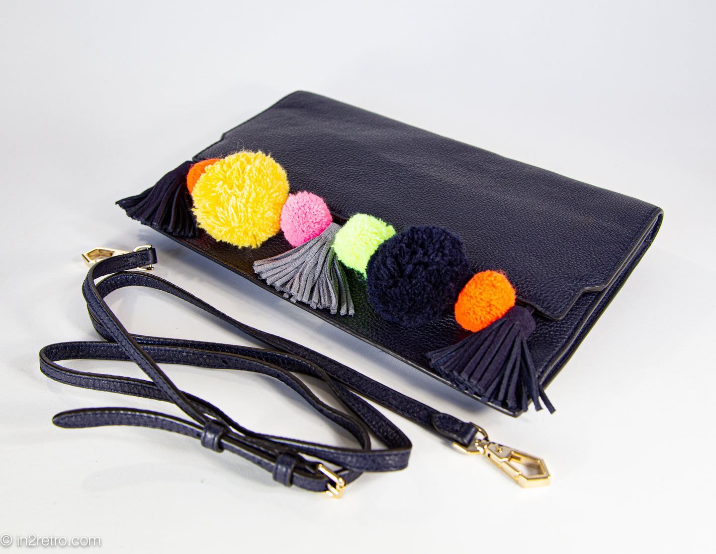 VINTAGE AUTHENTIC REBECCA MINKOFF BLACK PEBBLE LEATHER POMPOM & TASSEL CLUTCH WITH DETACHABLE STRAP