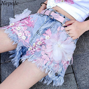 Flower Embroidery Appliques Denim Shorts