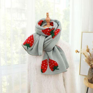 Autumn Strawberry Scarf