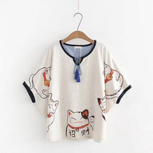 Load image into Gallery viewer, Lucky Cat Print T-Shirt