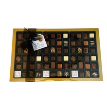 Load image into Gallery viewer, Love Byron Bay - Praline Box of 80