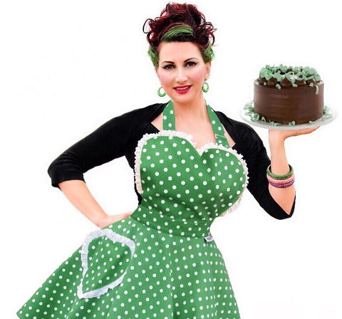 Green dotty sweetheart apron