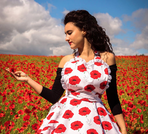 Sale. Poppy and the Dove Women's Apron