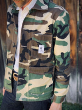 Load image into Gallery viewer, Woodland Camouflage JP Jacket