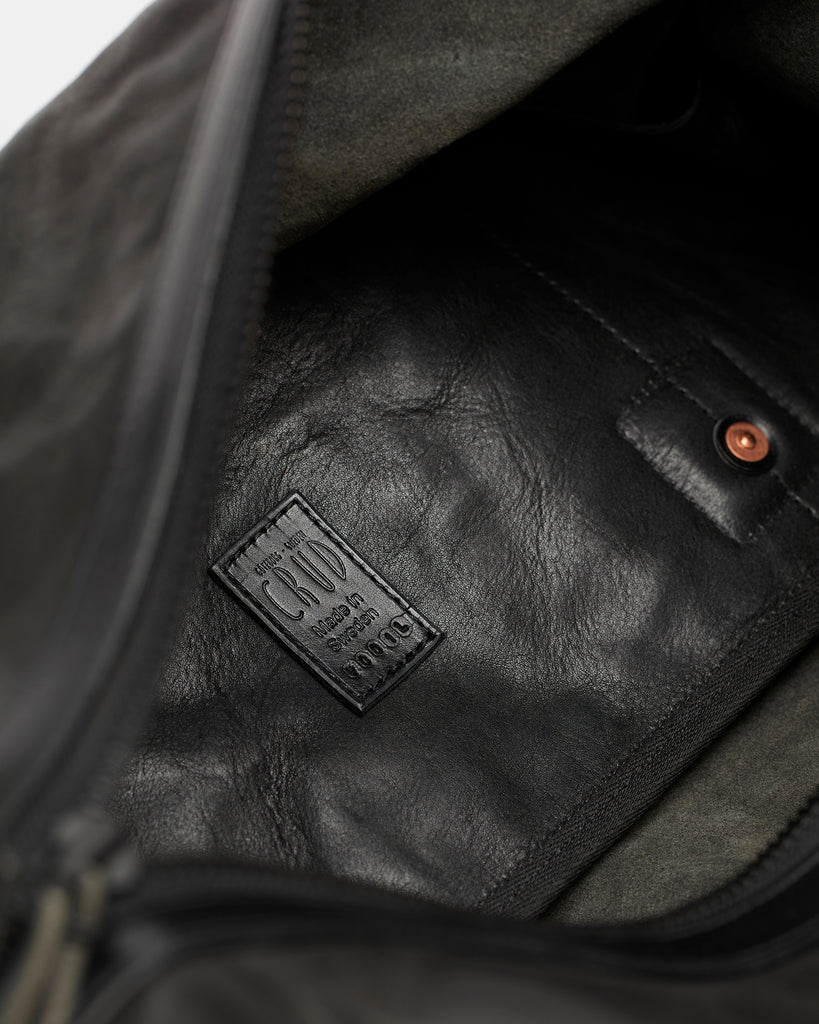 Kvåle duffle leather black  - The unicorn