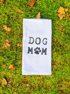"""Dog Mom"" Hand Towel - The Cuddly Boutique"