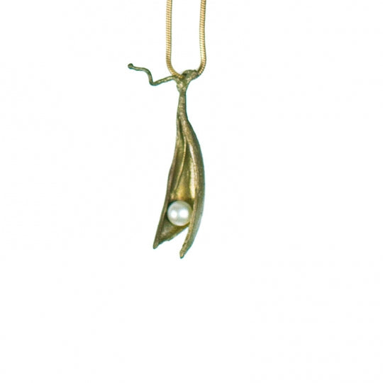 Pea Pod Necklace with one Pearl