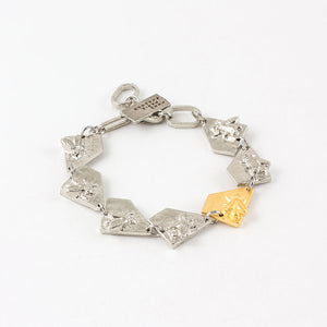 Fendy Bracelet-gold