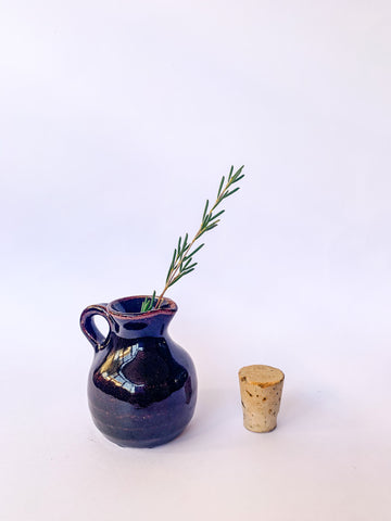 Tiny Brown Pot with CORK!