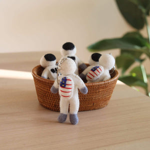 Felt Astronaut Keyring Premium Quality Unique Handmade Gifts And Accessories - Ganapati Crafts Co
