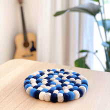 將圖片載入圖庫檢視器 Wool felt circle trivet Premium Quality Unique Handmade Gifts And Accessories - Ganapati Crafts Co