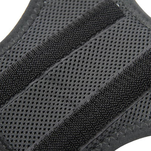 Posture brace with breathable fabrics