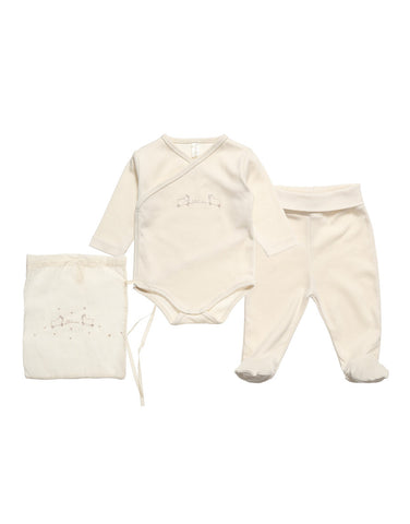 Ecru 100% organic cotton</br> 2 piece gift set in a bag