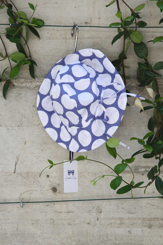 Girls white hat with blue pattern - Piccola Ludo