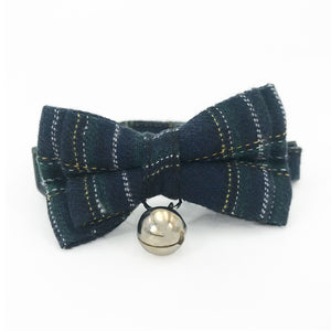 Cat England Syle Bowtie Collar with Bell Lattice Type Necktie for Puppy and Kitty