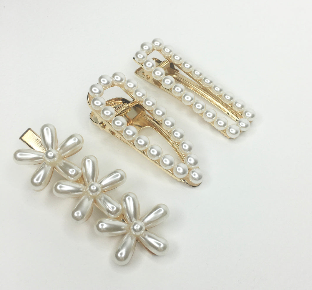 Pearl hair clips packs of 3