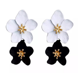 Floral drop earrings ( black & white)